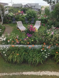 'Sconset ~ Nantucket the perfect seaside garden with flowers suited for the ocean air! (My god, I love drones, lol) Nantucket Cottage, Nantucket Style, Nantucket Island, Beach Gardens, Small Gardens, Seaside Garden, Beyond The Sea, Garden Spaces, The Ranch