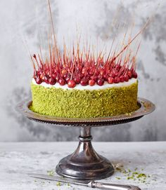 Saffron and pistachio cake