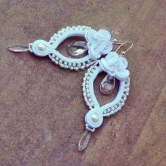 Leola - long openwork bridal white soutache earrings with Swarovski crystals, orecchini da sposa, pendientes de novia, boucles d'oreilles White Earrings, Cream White, Swarovski Crystals, Jewelery, Helmet, Crochet Earrings, Bridal, Bracelets, Fashion