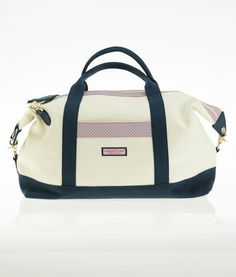 Totes and Bags: Vineyard Whale Weekend Tote Bag for Women - Vineyard Vines
