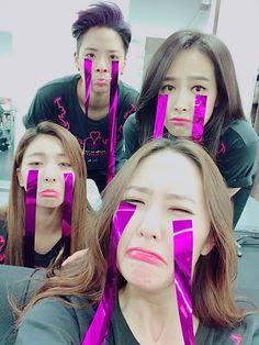 f(x) : Victoria, Amber, Luna, and Krystal Krystal Jung, Krystal Sulli, Kpop Girl Groups, Korean Girl Groups, Kpop Girls, Amber Liu, K Pop, Fx Luna, Lgbt
