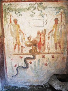 @PaulaLock5  Lararium painting from the house of Julius Polybius #Pompeii #Roman #Archaeology