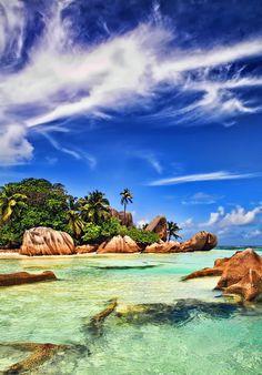 La Digue Island, Seychelles ✯ ωнιмѕу ѕαη∂у