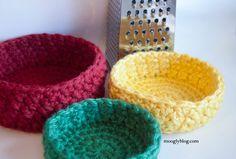 Bird's Nesting Bowl Set - free crochet pattern