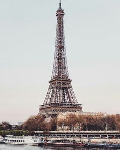 Beautiful Tour Eiffel