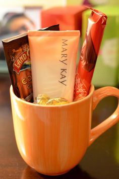 Most popular Cocoa and Cream gift Set. Mary Kay Satin Hands Hand cream and a packet of hot chocolate in a coffee mug. $14  www.marykay.com/kdhiman