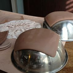 Hand building project ideas for clay. Lace imprinted soap dishes and dessert plates, spoons from a mold.