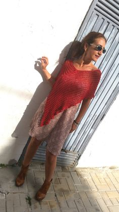 Raspberry lace cover up, cotton hand knitted por EstherTg