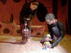 """O espetáculo de bonecos """"Cocos e Mitos"""" fica em cartaz no Teatro Zanoni Ferrite entre 2 de fevereiro e 10 de março. Os ingressos custam até R$ 10."""