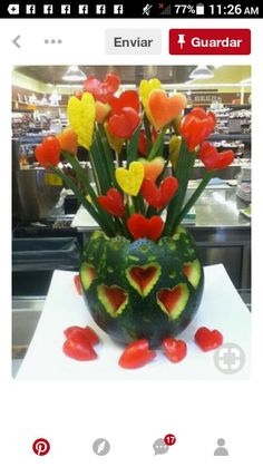 Tulip bouquet Fruit And Veg, Fruits And Veggies, Fresh Fruit, Fruit Buffet, Edible Centerpieces, Amazing Food Art, Fruit Creations, Food Sculpture, Tulip Bouquet