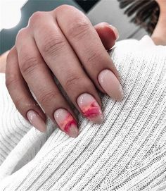 The advantage of the gel is that it allows you to enjoy your French manicure for a long time. There are four different ways to make a French manicure on gel nails. Latest Nail Designs, Nail Art Designs, Spring Nails, Summer Nails, Cute Nails, Pretty Nails, Hair And Nails, My Nails, Nails Polish