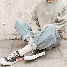 St 𝐓 𝐄 𝐋 𝐋 𝐀 phot (Stella Menagia. Aesthetic Fashion, Aesthetic Clothes, Look Fashion, Teen Fashion, Urban Aesthetic, Korean Fashion Men, Cute Casual Outfits, Retro Outfits, Vintage Outfits