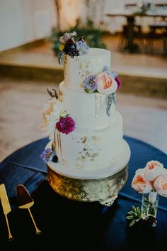Gold Drip Cake - Kaked by Katie - St Louis bohemian woodsy wedding - Silver Oaks Chateau - Charis Rowland Photography - romantic wedding in the woods - blush and plum
