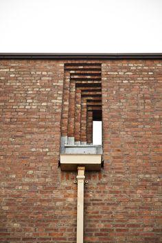 Brick, St. Bride's, East Kilbride, Gillespie Kidd and Coia, Architecture, interior, exterior