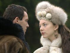 Jonathan Rhys Meyers as Henry VIII and Natalie Dormer as Anne Boleyn in The Tudors (2008).