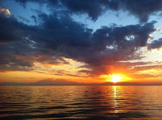 Irakleia Sunset I  #halkidiki #chalkidiki #calcidica #sunset #sun #beach #see #puestadesol #sol #playa #olympus #olimpo #olimp #olimpos #instagood #instadaily #instamood #instalike #like4like #Tesalónica #Thessaloniki #θεσσαλονίκη #Greece #Grecia #Ελλάδα