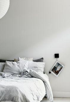 Bedroom Walls | Blogger Inspo