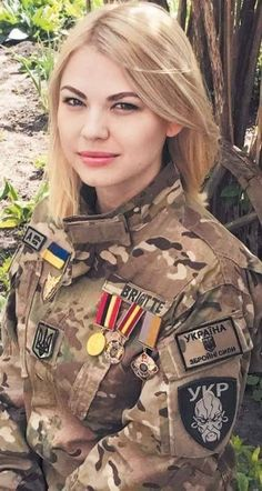 Beautiful female army soldiers the army is a great career choice for women. Stunning Army Women With & Without Uniform Looking Hot Female Army. Ukraine Women, Ukraine Girls, Russia Ukraine, Idf Women, Military Women, Hot Brazilian Women, Mädchen In Uniform, Female Army Soldier, Ukraine Military