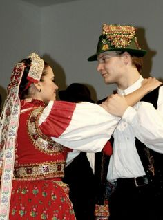 Kalotaszeg Folk Clothing, Folk Dance, Cultural Diversity, World Cultures, Hungary, Croatia, Costumes, Traditional, Celebrities