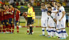Jugadores de España e Italia durante la tanda de penaltis en Fortaleza en la Copa Confederaciones 2013 #seleccionespanola #LaRoja #diariodelaroja