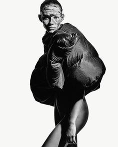 Honey (@honeynailz) did Binx Walton's nails for the latest issue of i-D, featuring the inimitable designs of Rick Owens. Photographed by Mario Sorrenti with styling by Alastair McKimm, hair by Duffy and makeup: Kanako Takase. • • • • • #fashion #honeynailz #nailsbyhoney #exposureny #nyc #newyorkcity #style #highfashion #binxwalton #supermodel #editorial #magaZine #idmagazine #id #studio #instafashion #potd #instapic #instagood