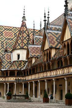 Hôtel Dieu - Beaune - Bourgogne - France-PATCHWORK style