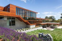 Residence in Portola Valley by Swatt | Miers Architects
