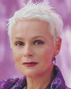 Pixie Hairstyles for White Hair - Bing images Short Grey Hair, Very Short Hair, Short Hair Cuts, Short Hair Styles, Pixie Cut, Short Pixie, Silver Grey Hair, White Hair, Pixie Hairstyles