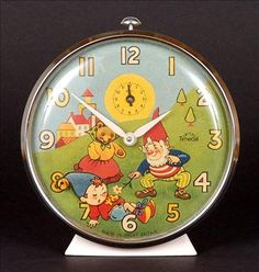 Superb Noddy collectable produced in ivory painted metal with chrome surround, the face features Mrs Tubby and Big Ears attempting to wake the sleeping Noddy. As the clock ticks, Noddys head rocks gently. 1970s Childhood, My Childhood Memories, Sweet Memories, Old Money, Ol Days, My Memory, Art Nouveau, Alarm Clock, Vintage Toys