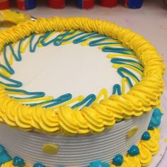 Cakes! Dairy Queen, Tiffany Cakes, Buttercream Cake Designs, Cake Borders, Cake Piping, Fantasy Cake, Fall Cakes, Different Cakes, Birthday Cake Decorating
