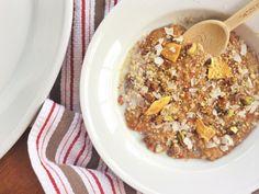 Porridge with Quinoa, Oats and Goji Berries