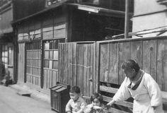 イメージ0 - 昭和の家並  ゴミ箱 板塀の画像 - 日本古写真倶楽部 - Yahoo!ブログ
