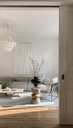 Textured Canvas Art, Antwerp, Home Decor Furniture, Own Home, My Dream Home, Home Interior Design, Art Inspo, Living Rooms, Minimalism