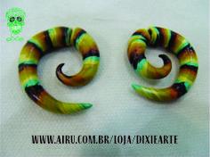 Falso Alargador Espiral Colorido Feito em cerâmica plástica Produto 100% artesanal  www.airu.com.br/loja/dixiearte