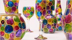 Pintura artesanal Tonalidades marcantes - Westwing.com.br - Tudo para uma casa com estilo Vase, Home Decor, Everything, Colors, Style, Pintura, Decoration Home, Room Decor, Vases