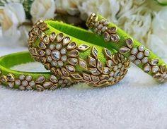 Kundan Bangles, Silk Bangles, Bridal Bangles, Bridal Jewelry, Bridal Shoes, Bridal Accessories, Silk Thread Bangles Design, Silk Thread Earrings, Thread Jewellery
