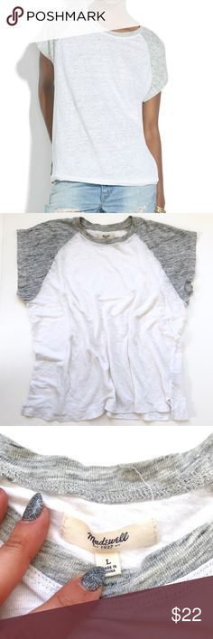 "Madewell Linen Ringer Muscle Baseball Tee Sz L In great pre-owned condition!  •Women's size L •100% Linen •20"" across underarms, 22"" shoulder to hem  •Item # A4723 •Retail $49.50 👋🏼 Make me an offer!  🥂 Thank you for shopping in my closet! xoxo Kate •• Madewell Tops Tees - Short Sleeve"