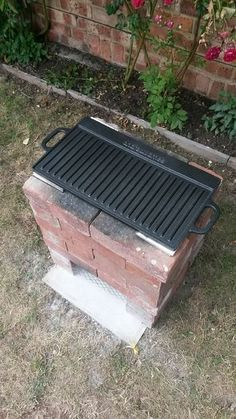 Discover thousands of images about Extra wide rocket stove. I tried the smaller half brick chimney but needed a larger cooking area. Works better for me. Rocket Stove Design, Diy Rocket Stove, Rocket Stoves, Easy Fire Pit, Small Fire Pit, Outdoor Stove, Outdoor Fire, Outdoor Decor, Garden Fire Pit