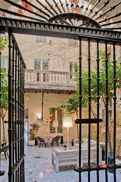 Petit Palace Santa Cruz | Hotellit | momondo