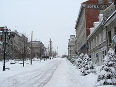 Montreal-place Jacques Cartier