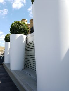 Jacuzzi, Water Features, Terrace, Grass, Remote, Building, Water Sources, Balcony, Porch