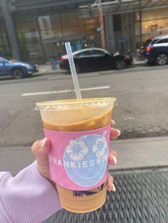 Cute Food, Good Food, Yummy Food, Iced Coffee, Coffee Drinks, Mein Style, Oui Oui, Aesthetic Food, Aesthetic Coffee