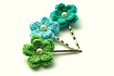 Crochet Flower Bobby Pins in Apple Green Blue and by AnnieDesign, $9.75-These are so cute!