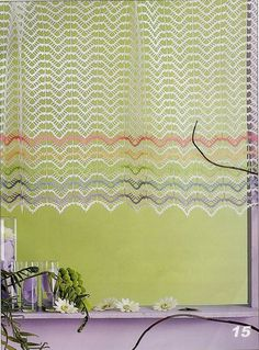 "Photo from album ""Crochet Creations Hors-serie 24 Rideaux"" on Yandex. Crochet Kitchen, Crochet Home, Crochet Crafts, Crochet Curtains, Drapes Curtains, Crochet Stitches Patterns, Crochet Designs, Curtain Inspiration, Crochet Decoration"
