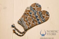 This Wool Mittens is made of Icelandic Lett lopi yarn. Detailed in ancient Scandinavian script.