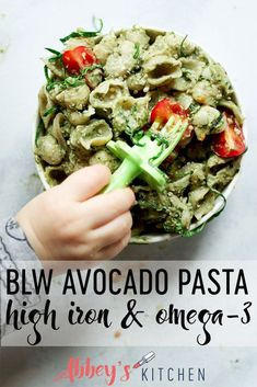 Baby Led Weaning High Iron and Avocado Pasta This avocado pasta is high in iron and and is the perfect baby led weaning recipe for your baby and and toddler. Pasta Recipes For Babies, Baby Food Recipes, Healthy Recipes, Healthy Kids, Family Recipes, Healthy Living, Pancake Recipes, Healthy Meals, Healthy Food