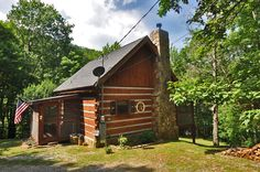 Sunset View - Beautiful 1 bedroom cabin with a second in the open loft! Click here to see the inside of this cabin! http://www.bearcampcabins.com/rentalcabins/listings.asp?strPageSize=1&strCurrentPage=12&intDSI=0UserDefinedDoubleNumber1Operator%3D%3D&UserDefinedDoubleNumber1=1&UserDefinedDoubleNumber2Operator=%3D