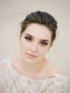 Sultry shadow and a pink lip wedding look