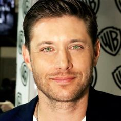 This is a very nice edit, this is :). Jensen, Comic Con 2014. #eyesssss