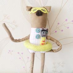 #pugs #puglove #dolls #toys #artdoll #ooakdoll #handmade #puglife #pugdoll #cats #catlife #dogs #doglife #lifestyle #minimal #art #dodobob #bookmark #miniaturedoll #handmadetoy